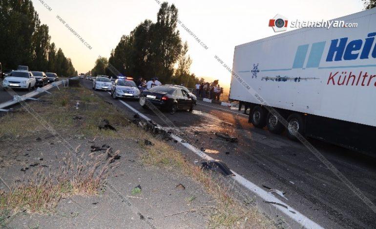 ՖՈՏՈՇԱՐՔ. Խոշոր ավտովթար Երևան-Սևան ավտոճանապարհին. կա 5 վիրավոր