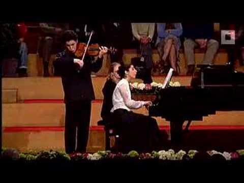 Թագուհու մրցանակը և մեկ միլիոն դոլար արժողությամբ ջութակը ազգությամբ հայ ջութակահարին