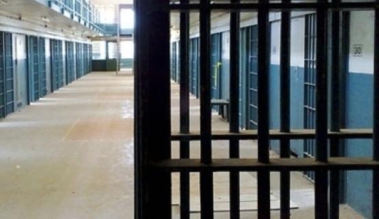 «Արմավիրի» դատապարտյալը ՔԿՀ աշխատակցից խլել է բանալին և մուտք գործելով խցերից մեկը՝ փորձել սպանել մեկ այլ դատապարտյալի
