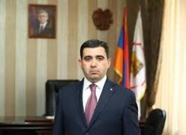 «Հրապարակ». Ով կզբաղեցնի Արտակ Հանիսյանի ազատված աթոռը