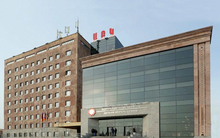«Թուֆենկյան» հյուրանոցի մոտ վիրավորված տղամարդուն վիրահատում են «Աստղիկ» բժշկական կենտրոնում