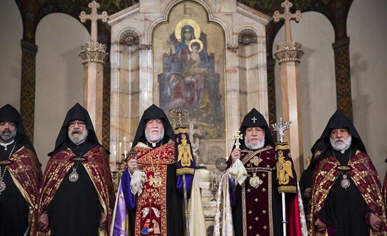 ՖՈՏՈ. Մայր Աթոռ Սուրբ Էջմիածնում կատարվել է Հանրապետական մաղթանք