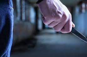 Լոռու բնակիչը հետապնդել եւ դանակի հարվածներ է հասցրել քննիչին՝ ոստիկանության բաժնի մոտ