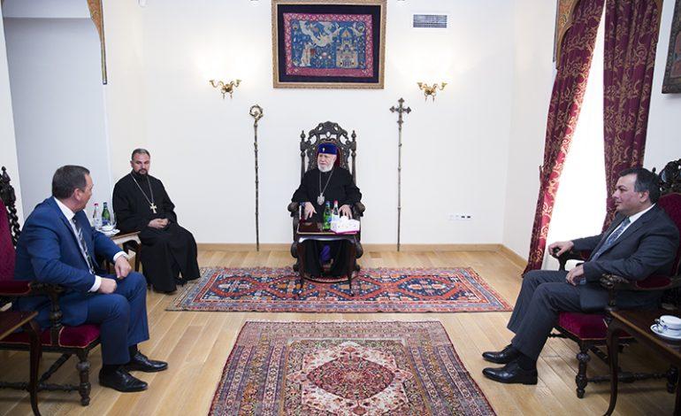 Ամենայն Հայոց Կաթողիկոսն ընդունեց Վրաստանի մշակույթի նախարարին