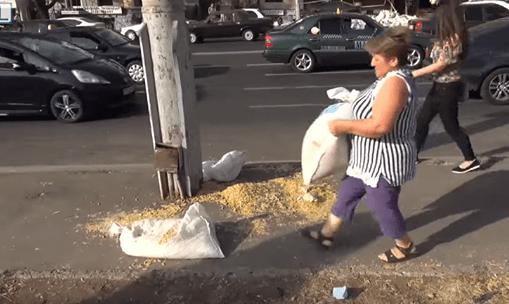 ՏԵՍԱՆՅՈՒԹ. «Որ մի մեշոկ վերցնեմ, չի՞ կարելի». Խոշոր վթարից հետո կինը տարավ մակարոնի պարկը