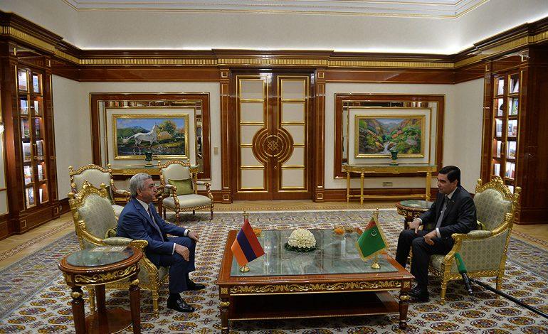 Նախագահ Սերժ Սարգսյանն աշխատանքային այցով ժամանել է Թուրքմենստան