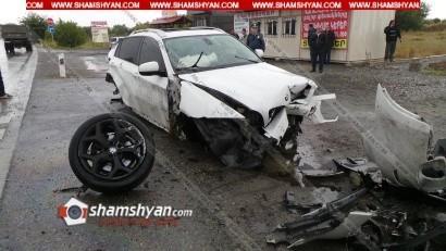 ՖՈՏՈՇԱՐՔ. 25–ամյա վարորդը BMW X6-ով տապալել է էլեկտրասյունն ու մի քանի պտույտ գլխիվայր շրջվելով՝ հայտնվել դաշտում