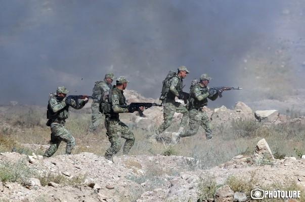 ՖՈՏՈՇԱՐՔ. ՀՀ ԶՈՒ զորավարժարաններում անցկացվում է «Որոնում-2017» զորավարժության 2-րդ փուլը