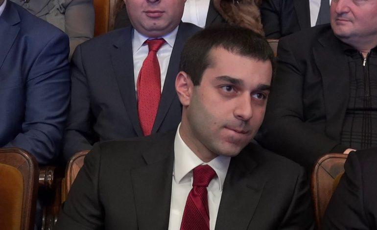 «Հրապարակ». Արգամ Աբրահամյանին կանչել են Սերժ Սարգսյանի մոտ. նա տպավորված է դուրս եկել