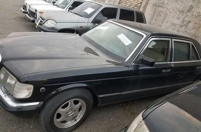 Լեւոն Տեր-Պետրոսյանին մեքենան գնորդ չի գտել. գինը մոտ 3 մլն դրամով կիջնի