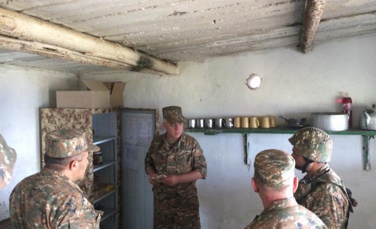 Ֆոտո. Առաջնագծում զինծառայողների սոցիալ կենցաղային պայմանները բարելավվում են