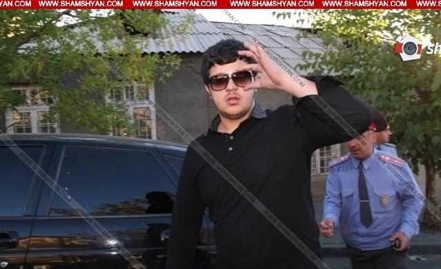 «Ճվճըվ Արոյի» 24-ամյա տղան կողոպուտ կատարելու կասկածանքով բերման է ենթարկվել Ոստիկանություն. Shamshyan.com