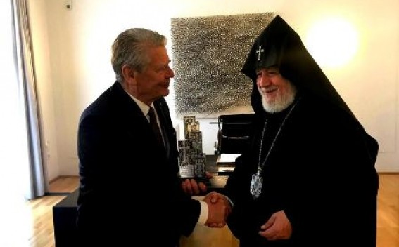 Գարեգին Բ-ն հանդիպել է Գերմանիայի նախկին նախագահ Յոհակիմ Գաուկի հետ