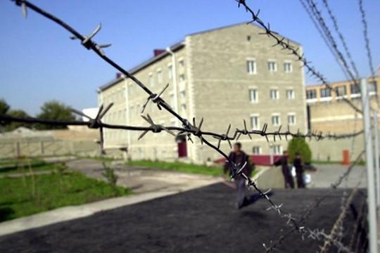«Հրապարակ». Ինչու «Վարդաշեն» ՔԿՀ պետն ազատվեց պաշտոնից