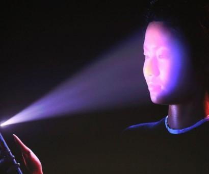 ՏԵՍԱՆՅՈՒԹ. Ինչպես է 10 ամյա երեխան խաբում  iPhone X սմարթֆոնների Face ID սքաներին