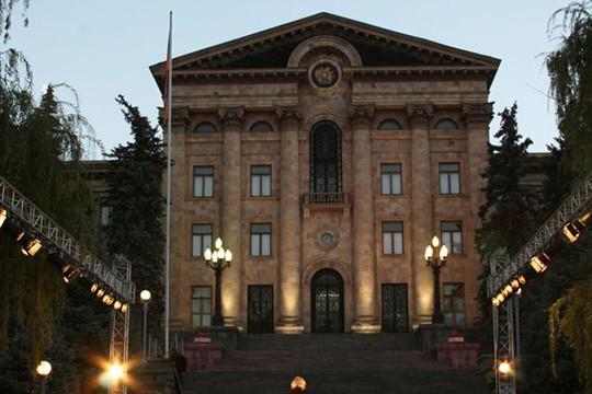 «Ժամանակ». Թեժ գիշեր. ԱԺ հանձնաժողովի նիստը նման էր արագացված դատավարության