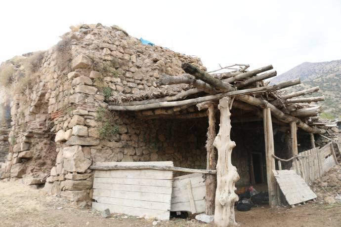 Վանում պատմական հայկական եկեղեցին որպես ախոռ է օգտագործվում