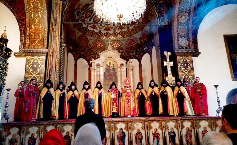 Մայր Աթոռ Սուրբ Էջմիածնում Հայրապետական մաղթանք է կատարվել