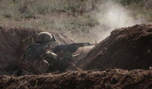 Քիչ առաջ ադրբեջանցիները կրակ են բացել հայ-ադրբեջանական սահմանի Երասխի հատվածում տեղակայված հայկական դիրքերի ուղղությամբ, ինչի արդյունքում ծավալվել է ինտենսիվ փոխհրաձգություն. ՊՆ