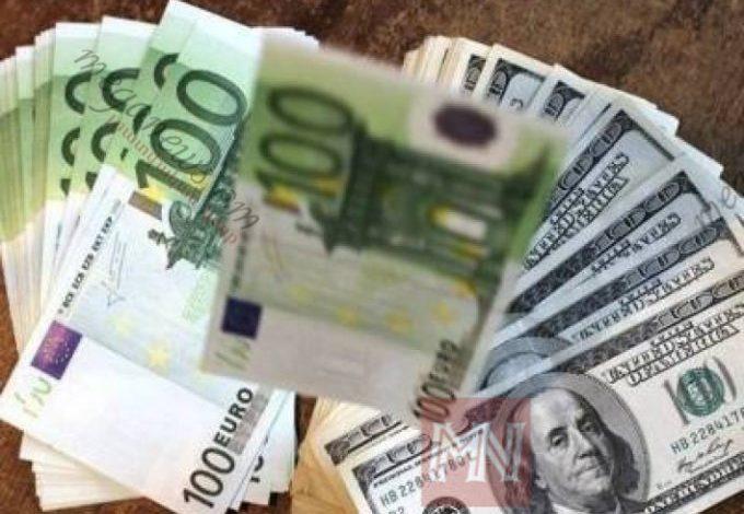 Դոլարն ու եվրոն թանկանում են