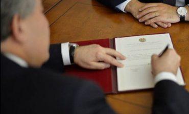 Президент Армении подписал указы о новых назначениях в правительстве