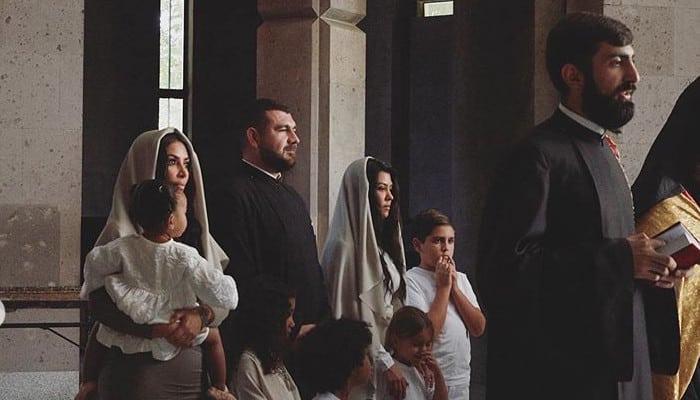 «Ես քեզ այնքան շատ եմ սիրում». Քիմ Քարդաշյանը շնորհավորել է ամուսնուն, հանգուցյալ և խորթ հայրերին
