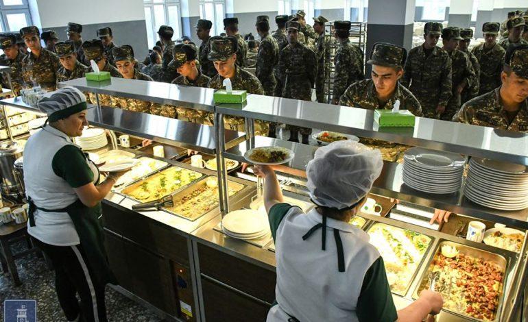 Զինծառայողների ճաշացանկը կփոխվի․  մակարոնի ու ձավարի փոխարեն պահածոյացված ճաշ կստանան