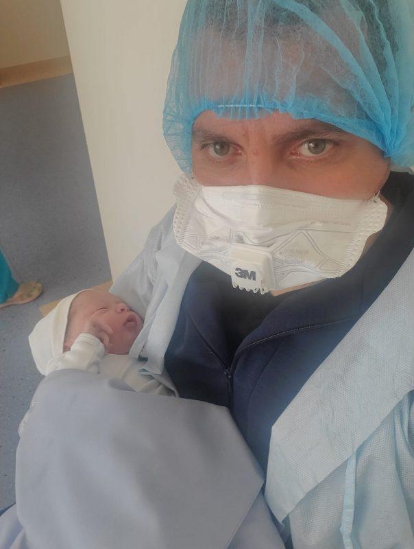 ՖՈՏՈ. Ծնվել է Էկոնոմիկայի նախարարի հինգերորդ երեխան