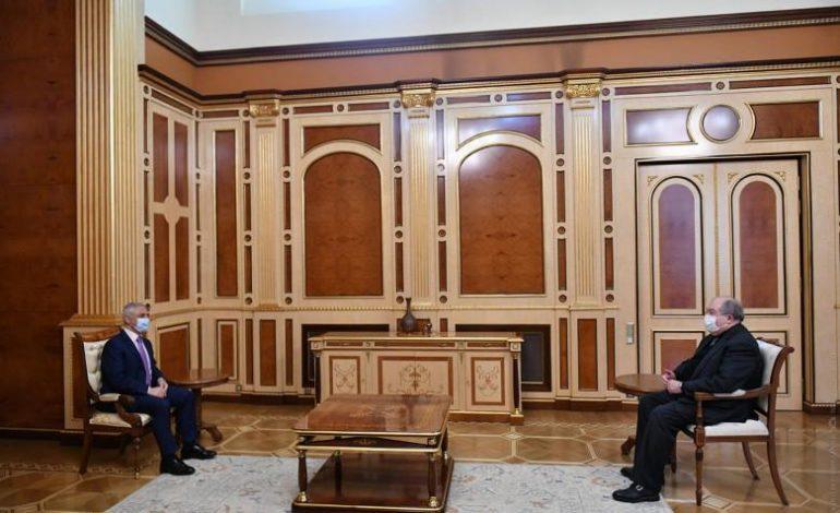Ուշագրավ մանրամասներ նախագահի և Արտակ Թովմասյանի հանդիպումից