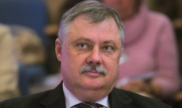 Հայաստանում իրավիճակը բավական բարդ է. «ВШЭ» պրոֆեսոր Դմիտրի Եվստաֆև