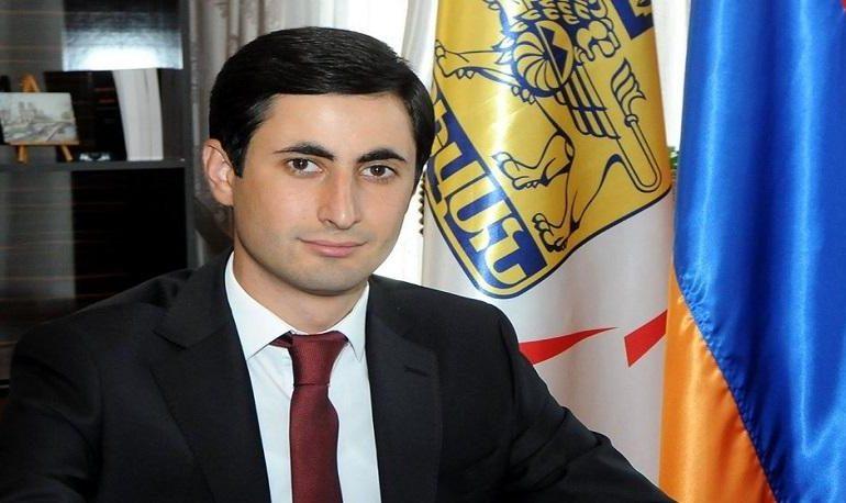 Երևանում վիճաբանություն է տեղի ունեցել Շենգավիթի թաղապետի, նրա եղբոր մասնակցությամբ. SHAMSHYAN.com