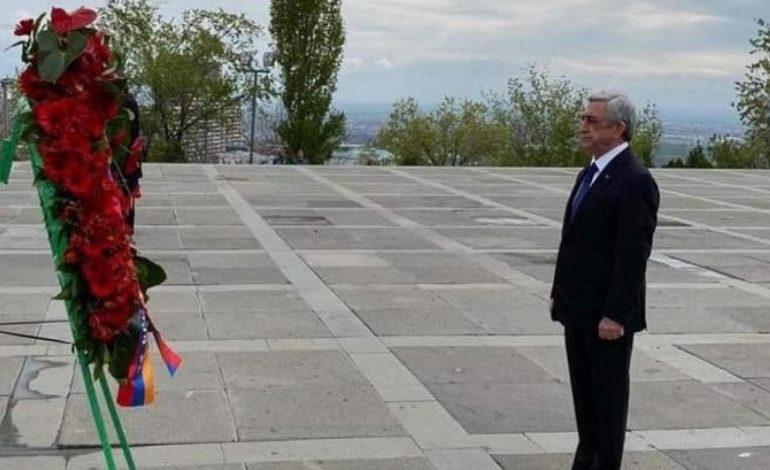 Թուրքական արնածոր յաթաղանը դեռևս կախված է հայ ժողովրդի գլխին և մնալու է որպես սպառնալիք,  քանի դեռ… Սերժ Սարգսյանի ուղերձը