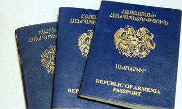 «Իրավունք». Եվրոպական արտադրության ՀՀ անձնագրերը մնացել են ճամփի՞ն