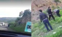 ՏԵՍԱՆՅՈՒԹ. Շոշից Շուշի տանող ճանապարհին ադրբեջանցիները կանգնեցնում են մեքենաներն ու ազատ զբոսնում Արցախի հսկողության տակ մնացած հատվածներում