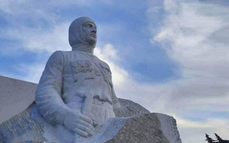 Արցախից ահազանգ ստացանք, որ Մարտունի քաղաքում ռուս խաղաղապահները ցանկանում են ապամոնտաժել Գարեգին Նժդեհի արձանը. «Հրապարակ»