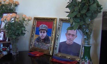 ՏԵՍԱՆՅՈՒԹ. Հայր ու որդի 1 ամիս կռվել են կողք կողքի, զոհվել՝ իրար գրկած