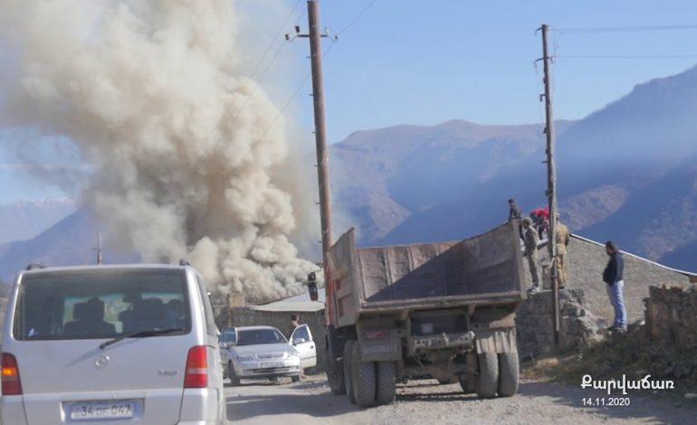 Ովքեր են Քարվաճառի հայերի տներից կահույքներ, մեքենաներ գողացել. Արշակ Զաքարյանի աղմկահարույց գրառումը