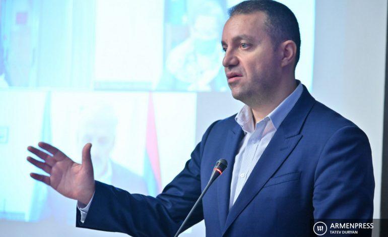 էկոնոմիկայի նախարար Վահան Քերոբյանը դիմեց գործարարներին՝   պատվաստվեք