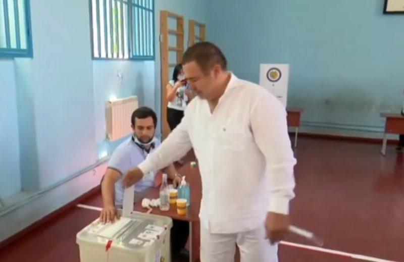 ՏԵՍԱՆՅՈՒԹ. Գագիկ Ծառուկյանը քվեարկեց հանուն անվտանգ հայրենիքի ու հզոր պետության