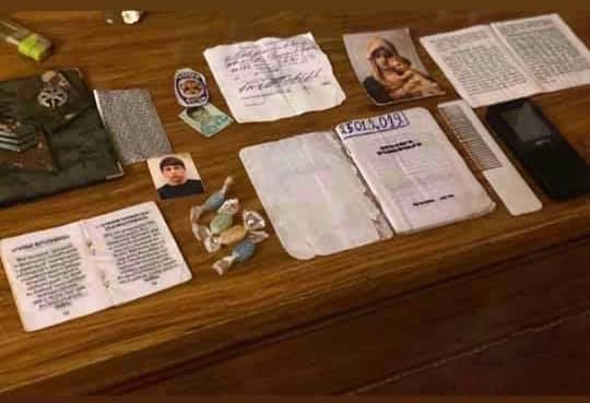 ՖՈՏՈ. 3 տեղից վիրավոր ու օգնության որևէ հույս չունեցող Կարենն ընկերոջ հետ ինքնասպան է եղել, որպեսզի գերի չընկնի