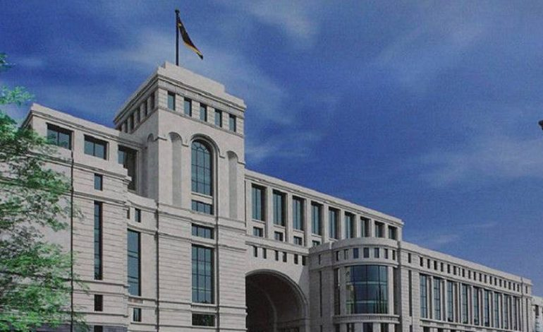 Всеобъемлющее и продолжительное решение карабахского конфликта предполагает определение статуса Арцаха: МИД РА