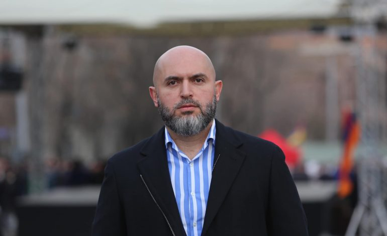 Ոստիկանները ստուգել են Արմեն Աշոտյանին