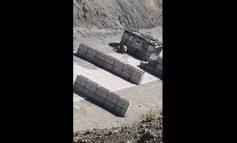 В Карвачаре азербайджанский солдат жестоко избивает сослуживца: эксклюзивные кадры