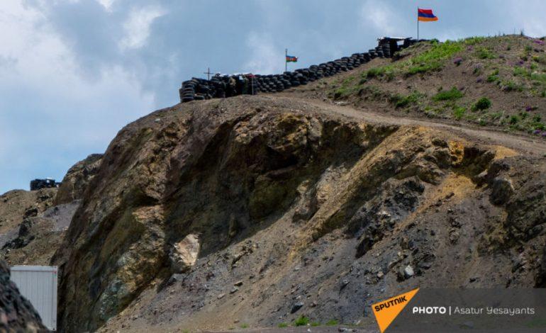 Աշխատանքներ են տարվում Ադրբեջանի հետ սահմանին ռուս սահմանապահներ տեղակայելու համար. Sputnik Արմենիա