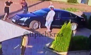 ВИДЕО: Отца четверых детей зарезал пьяный посетитель кафе на Кубани