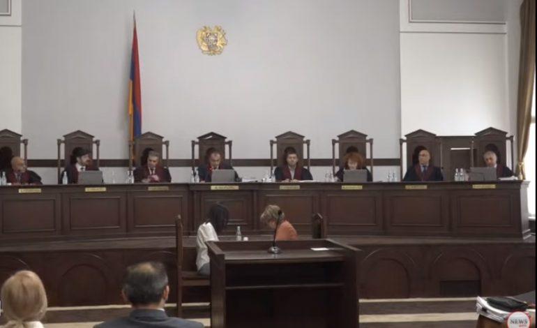 Конституционный суд оставил в силе решение ЦИК по результатам выборов