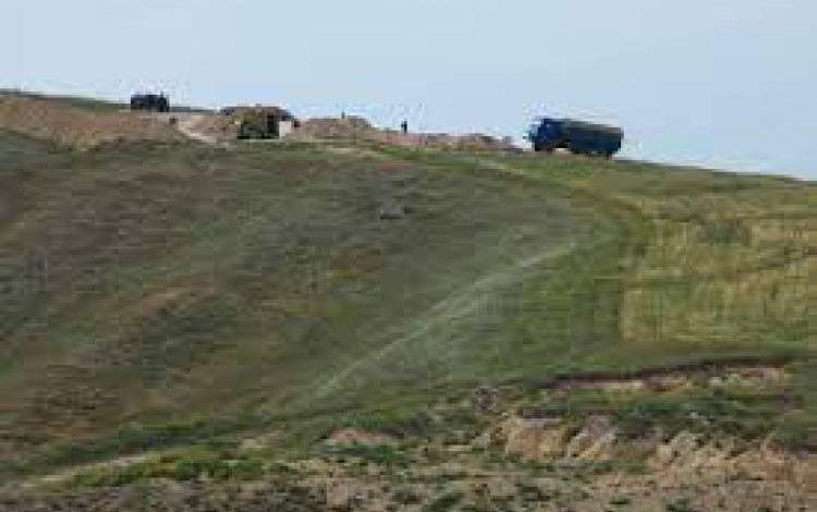 Ադրբեջանական զինծառայողները զենքով սպառնացել են Տեղ գյուղի բնակչին, գոռգոռացել ու քաշքշել են․ ՄԻՊ