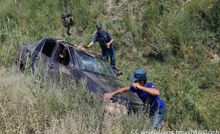 Երևան-Մեղրի ճանապարհին ավտոմեքենան գլխիվայր շրջվել է․ կա զոհ