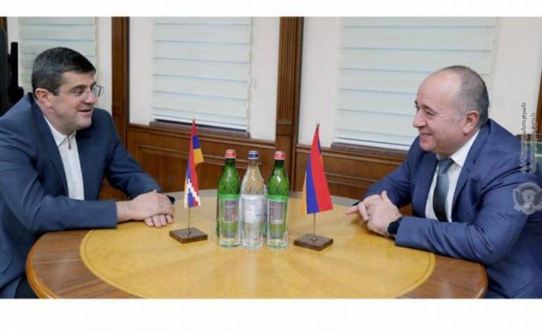 Министр обороны Армении и президент Арцаха обсудили ситуацию на линии соприкосновения