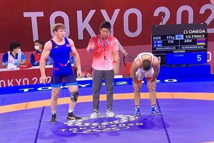 Токио-2020: Артур Алексанян и Карапет Чалян стартовали с победы